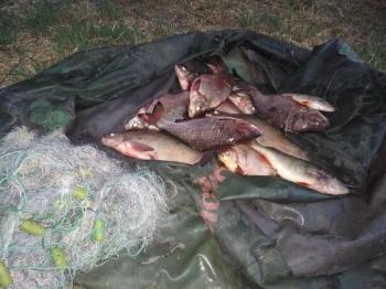 Поблизу с. Благодатне Золотоніського району викрито грубі порушення правил рибальства